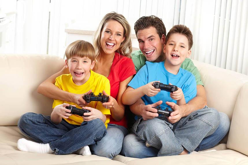 Games Divertem Toda A Família, Consoles E Jogos
