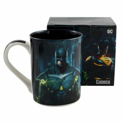 Caneca Batman Vs Superman Injustice