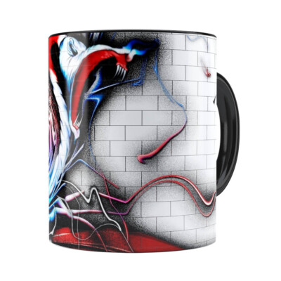Caneca Pink Floyd The Wall Grafiti Preta