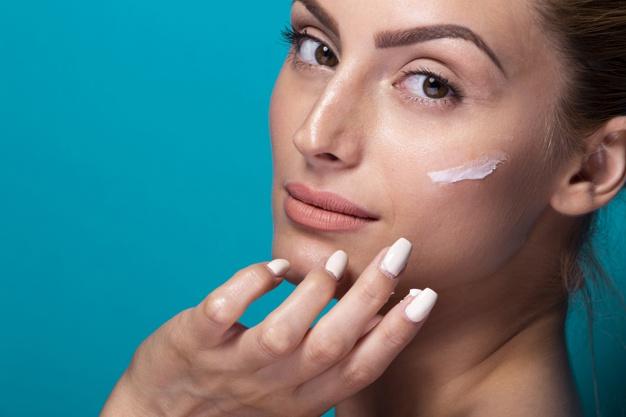 Preparação De Pele E Hidratação Fundamentais Na Maquiagem